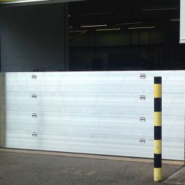 Nautilus Flood Barrier 600mm wide - 400mm High - One Floodboard with Reveal Fix Rails