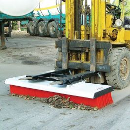 BM-180 Push Broom 1.83m / 72""