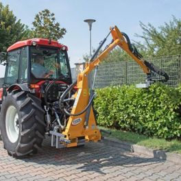 T-350 3.5m Swing Trim Sickle Bar Hedge Cutter